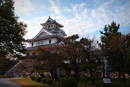 shi12nagahamac1.jpg