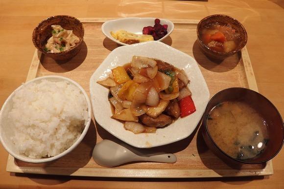 hibiKurozu1.jpg